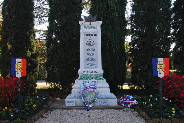 Kriegerdenkmal in Taradeau_1